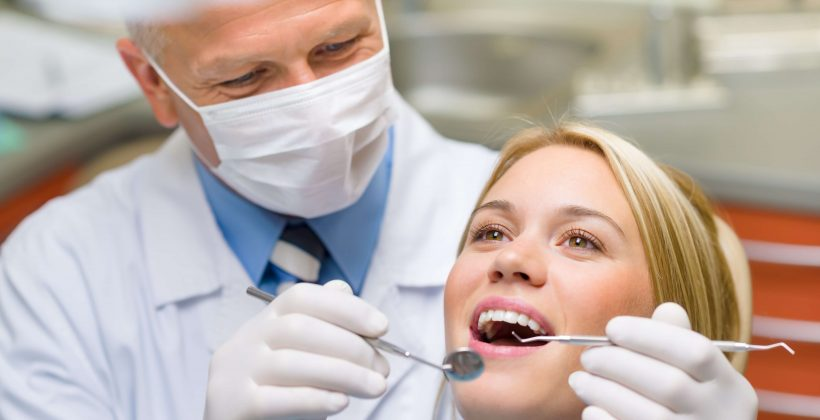 Tips To Choose The Cosmetic Dentist For You